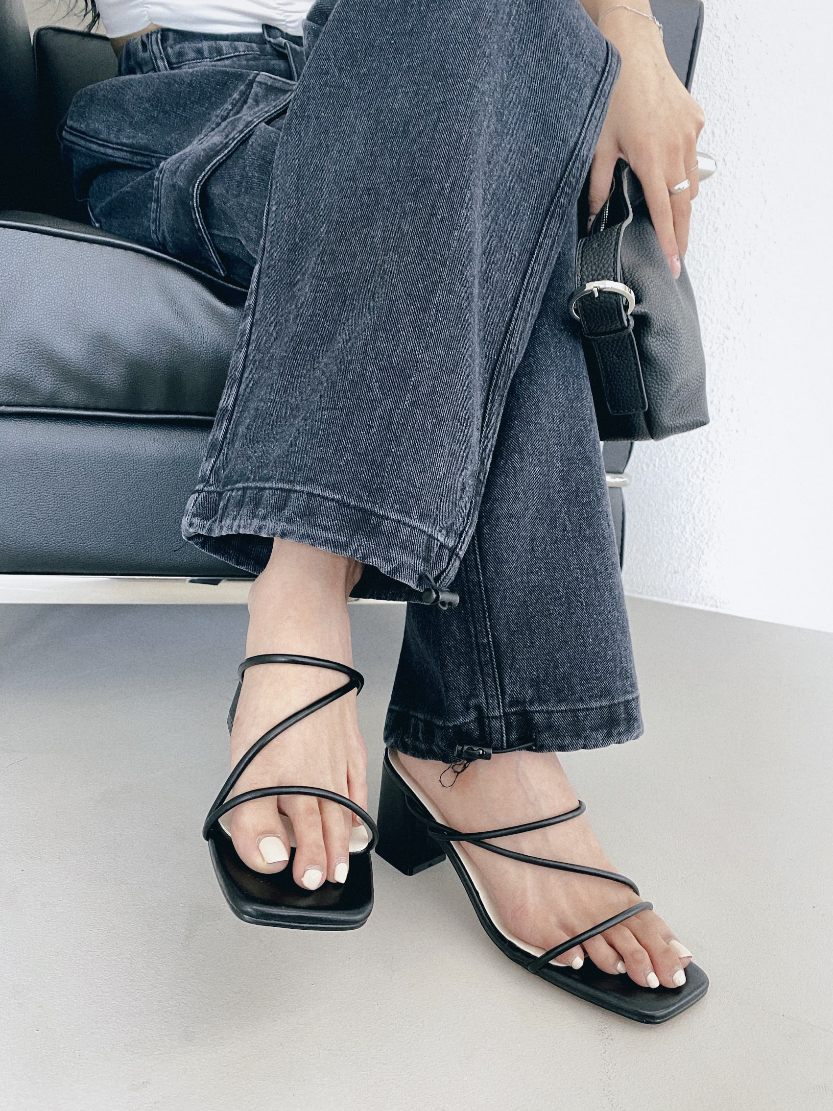 thin strap heeled slide
